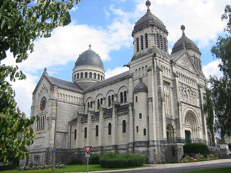 Les basiliques catholiques françaises en Franche-Comté